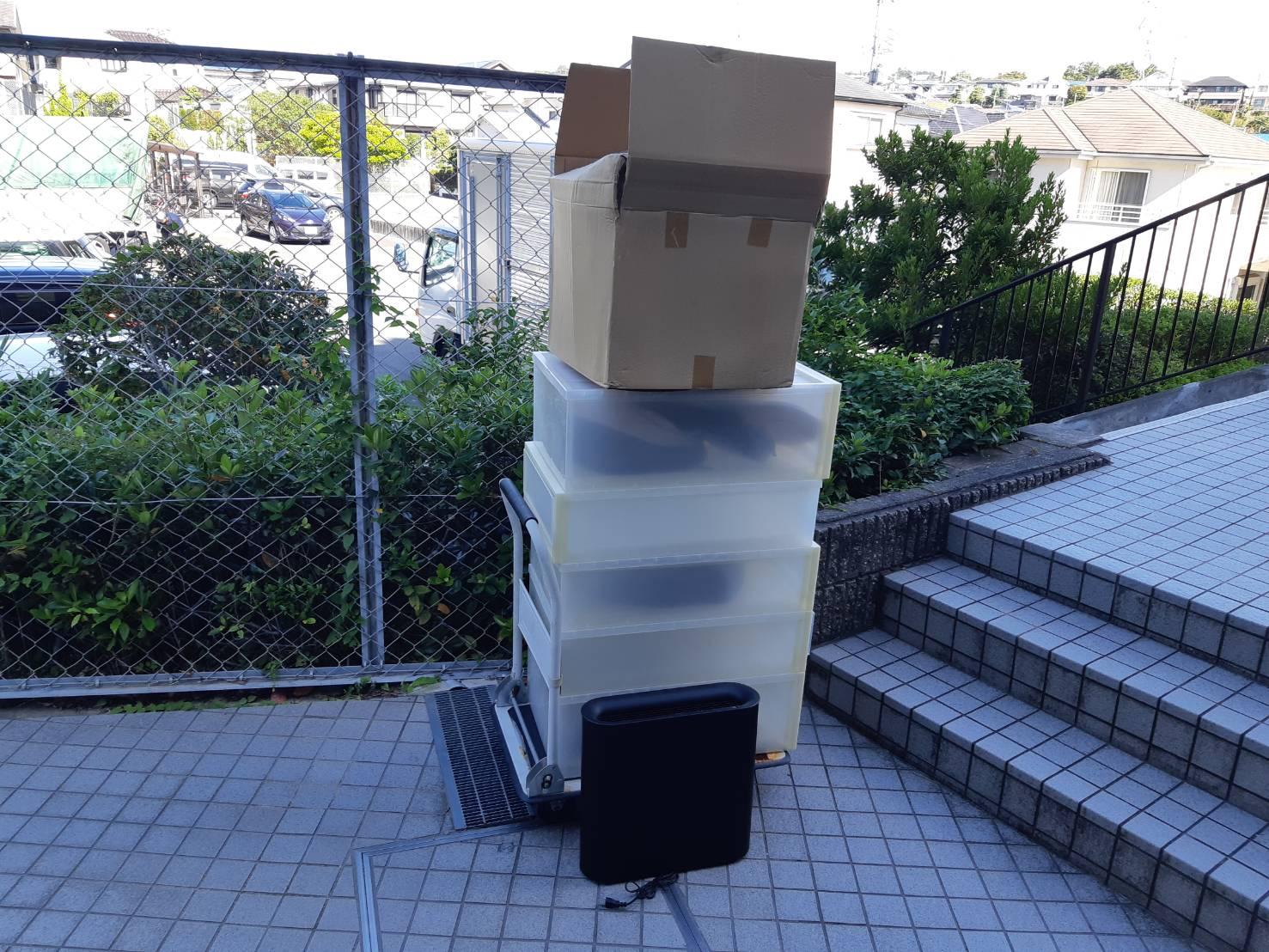 収納ボックス、加湿器の回収前