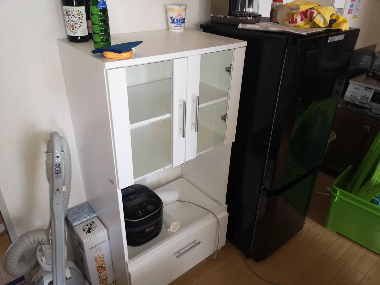 冷蔵庫、レンジ台、掃除機の回収前