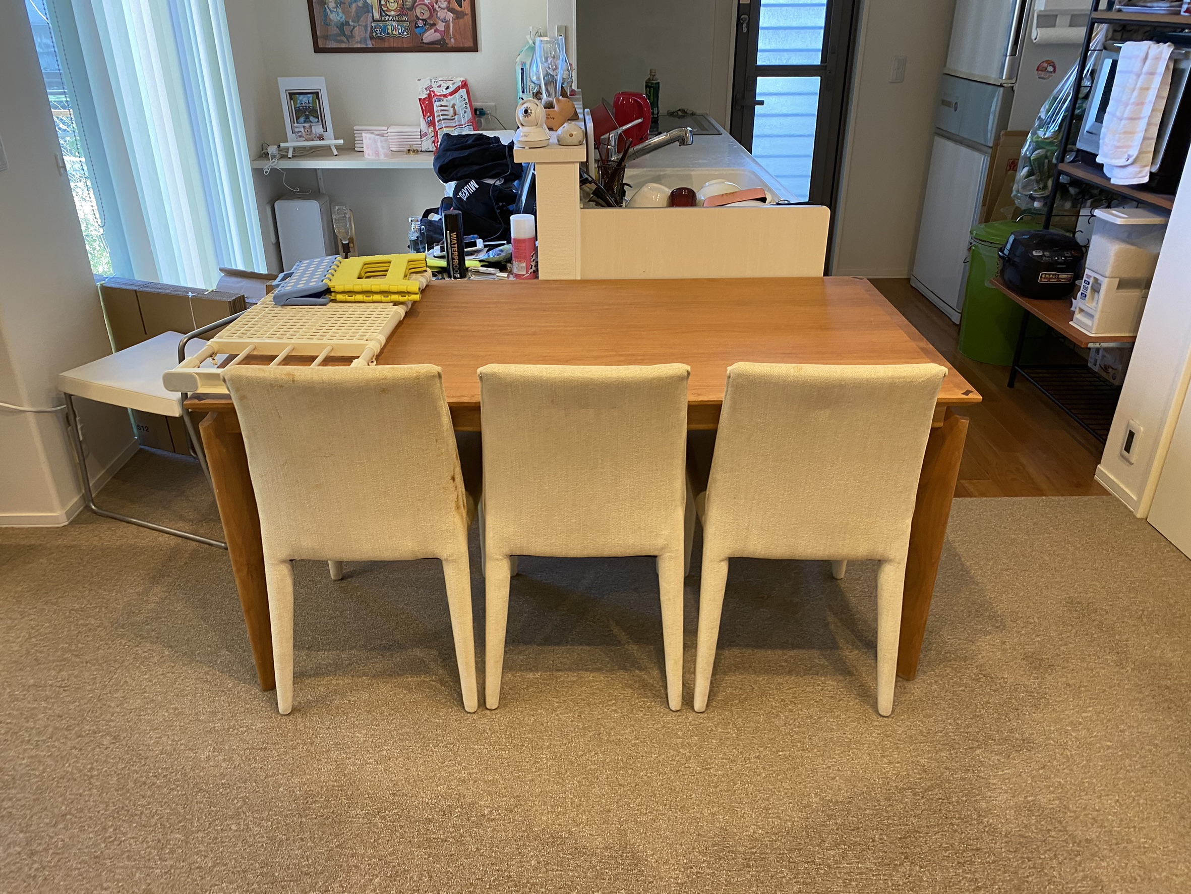 ダイニングテーブル、椅子の回収前
