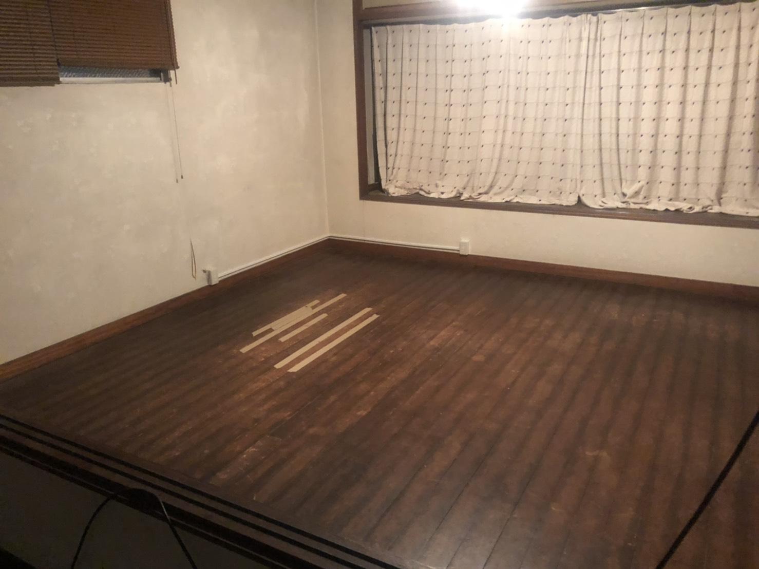ソファー、テーブル、タンスの回収後