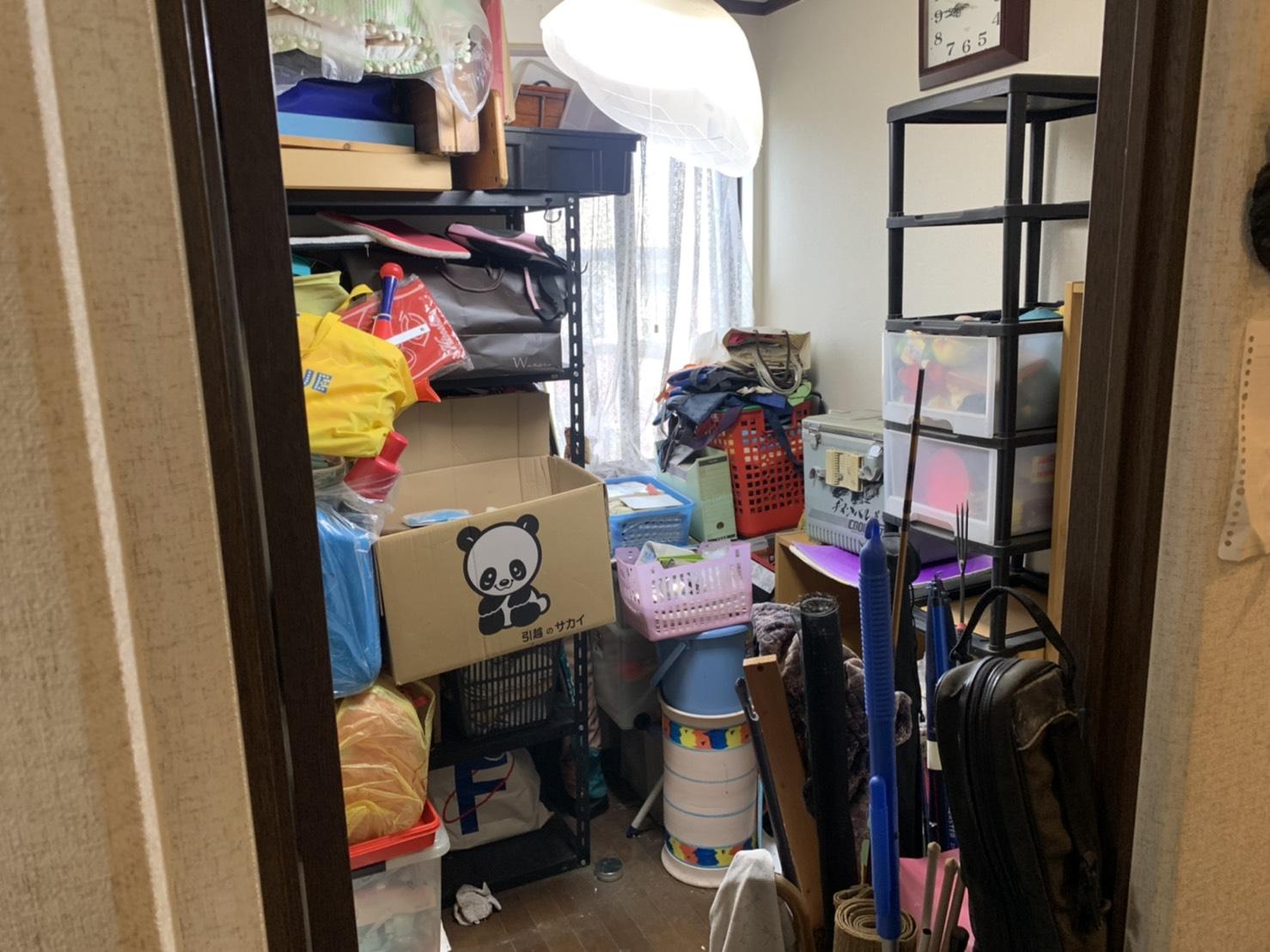 ラック、衣類ケース、その他不用品の回収前