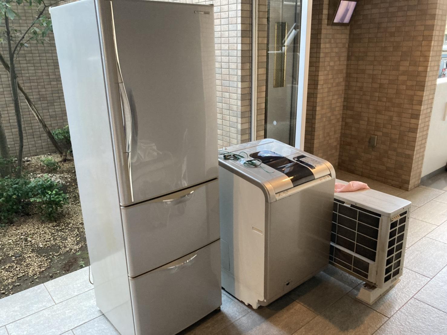 冷蔵庫、洗濯機、室外機の回収前