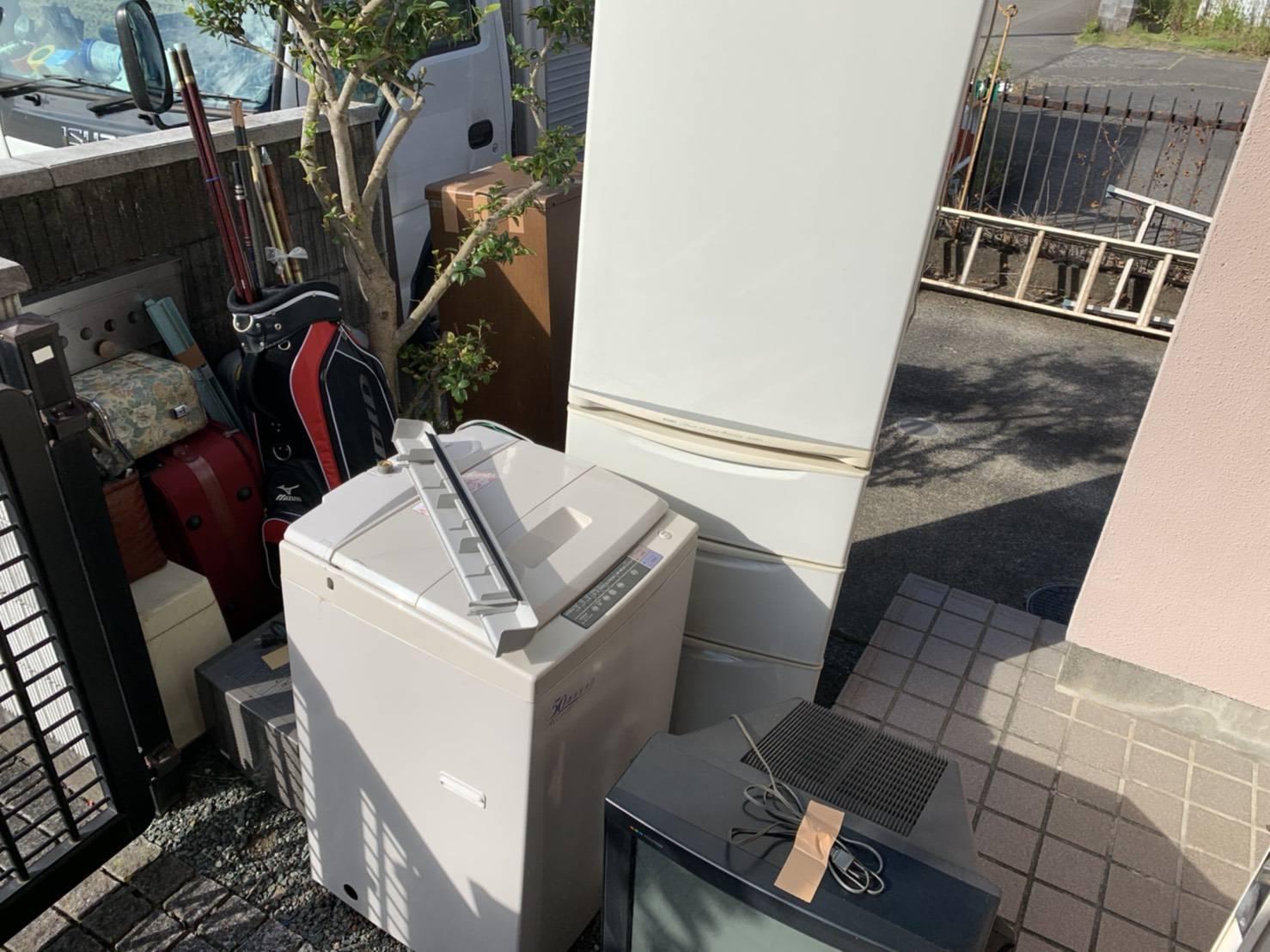 洗濯機、冷蔵庫、その他不用品の回収前