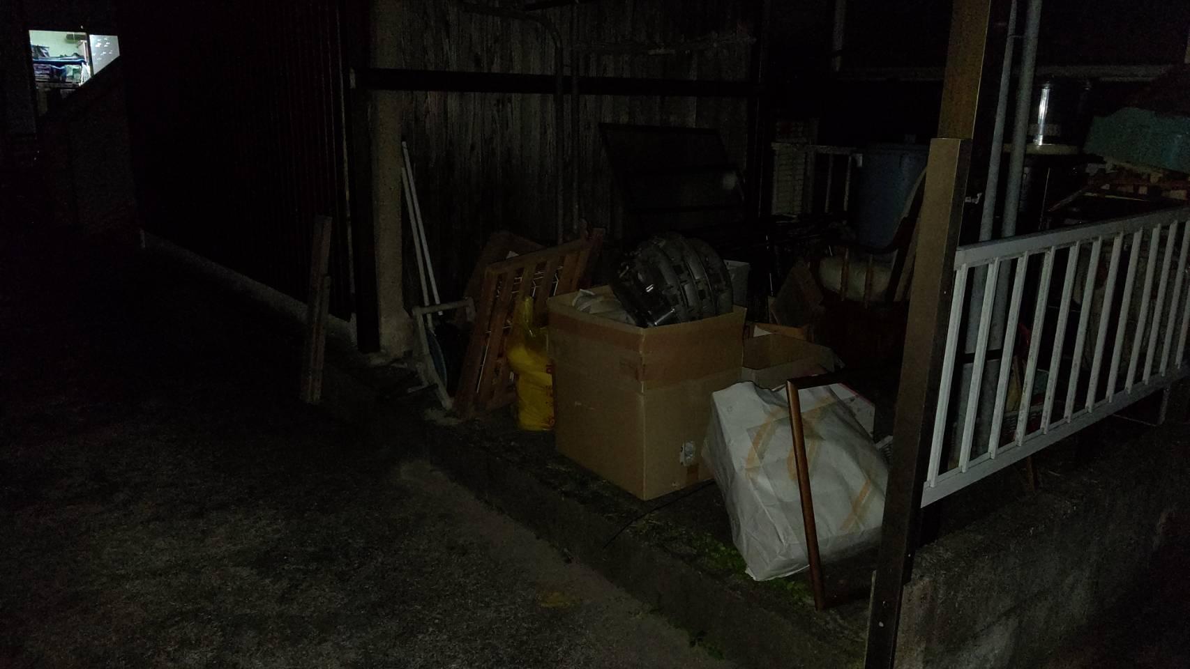 布団や雑貨類などの不用品の回収後