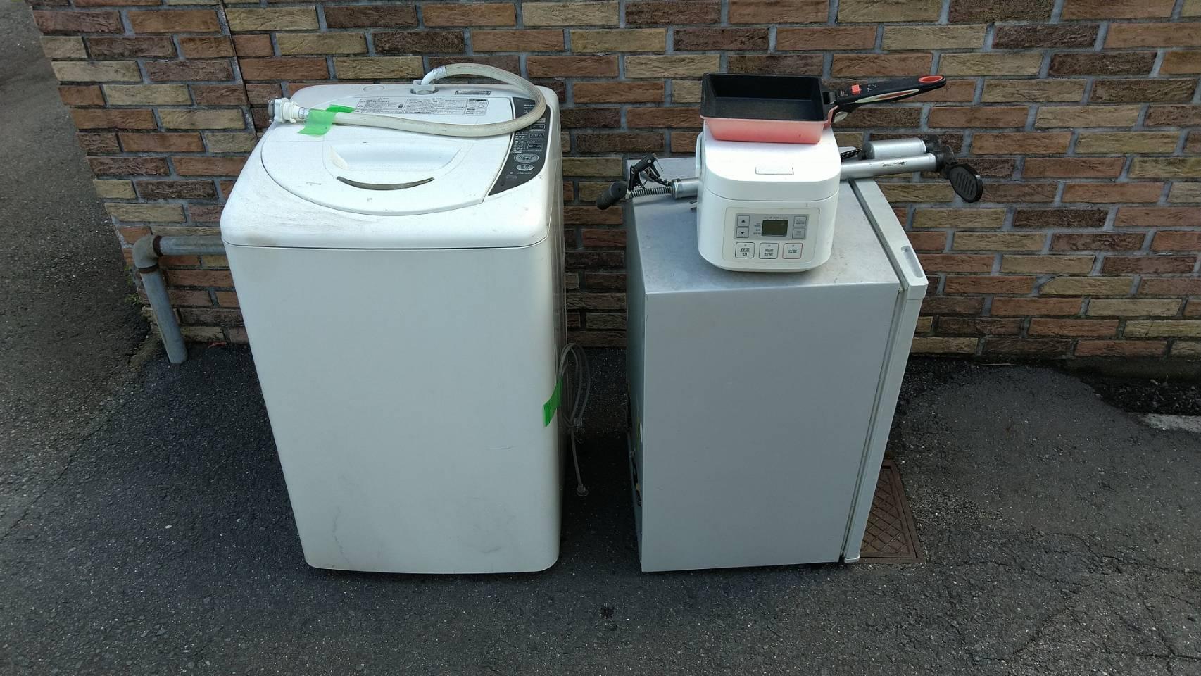 洗濯機、冷蔵庫、炊飯器、フライパンの回収前