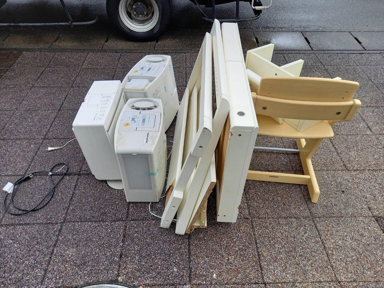家電製品、小型家具の回収前