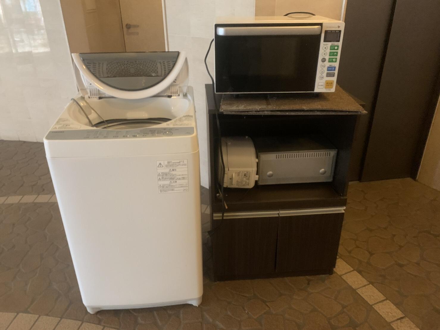 レンジ、洗濯機、炊飯器、オーブン、レンジ台の回収前