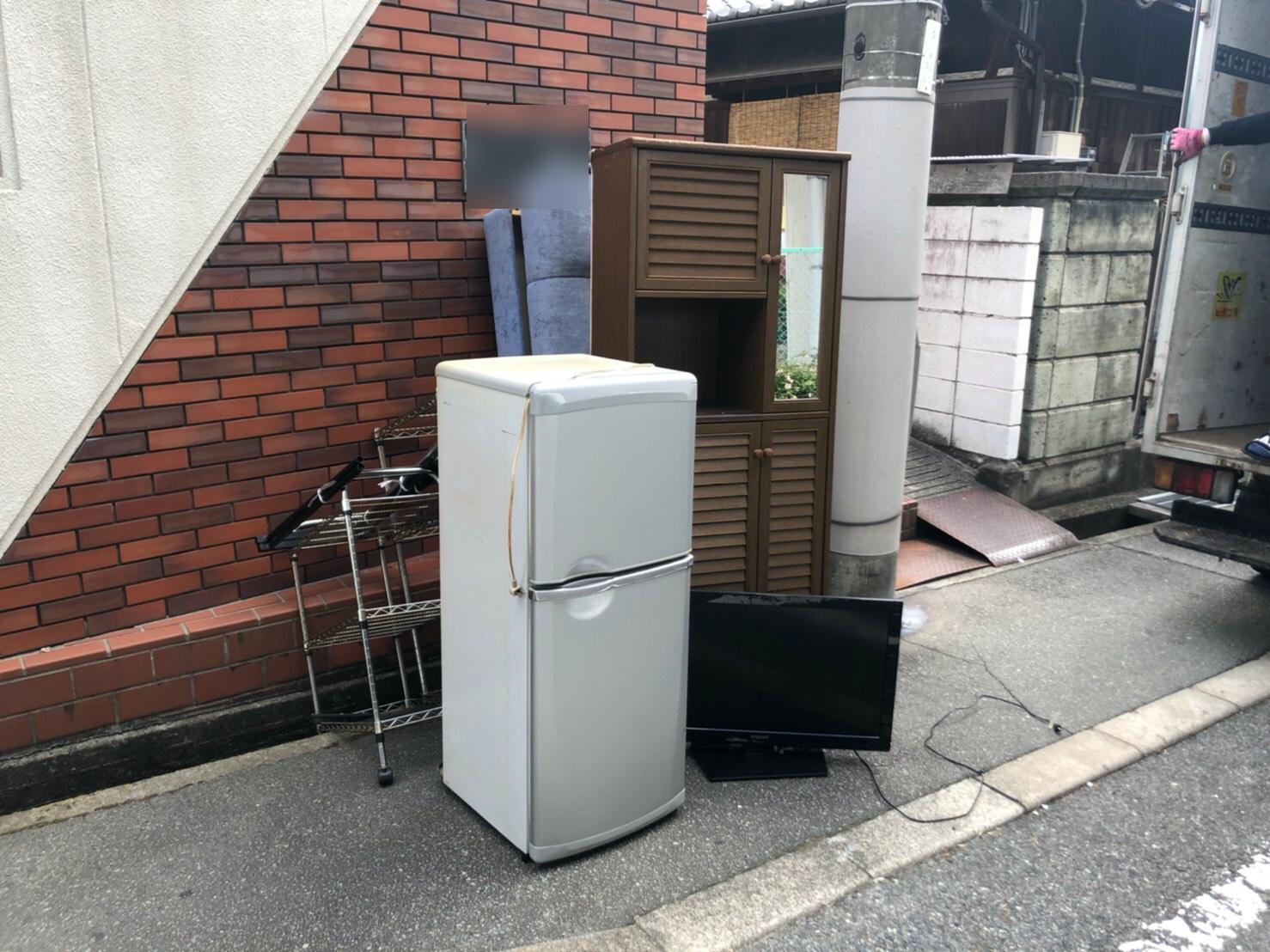 冷蔵庫、テレビ、その他不用品の回収前