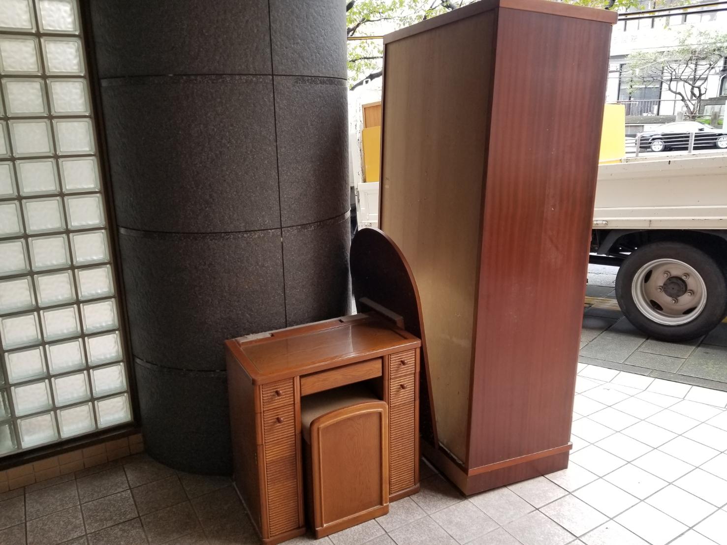 長崎県長崎市の鏡台の回収前