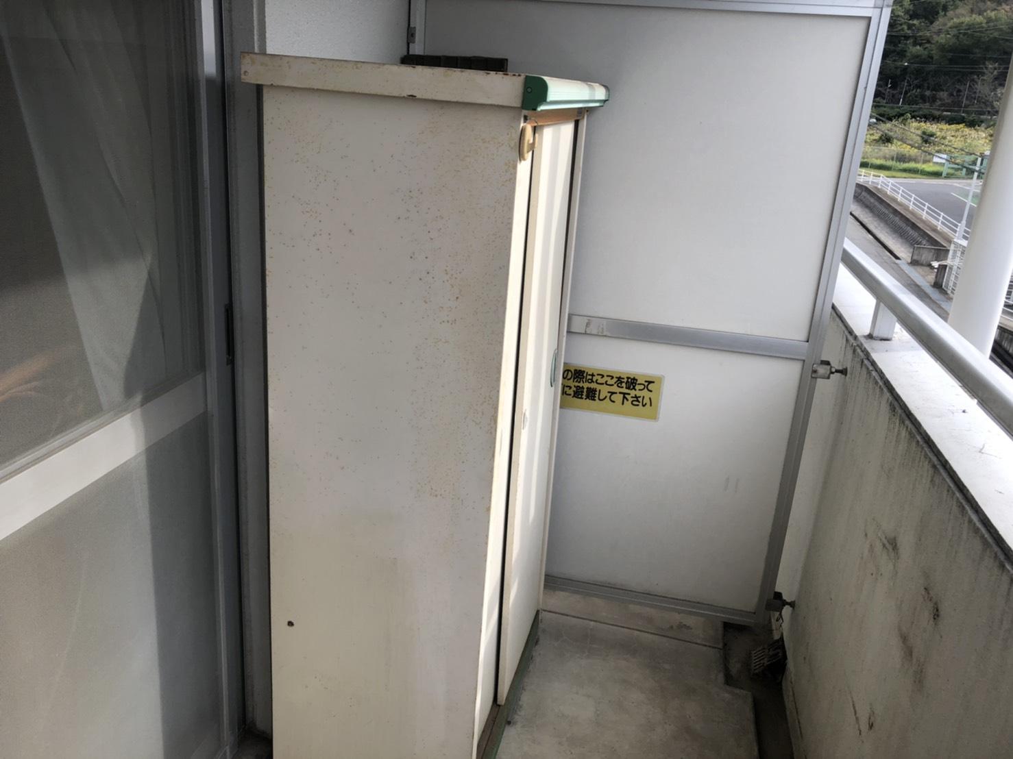 スチール収納庫の回収前