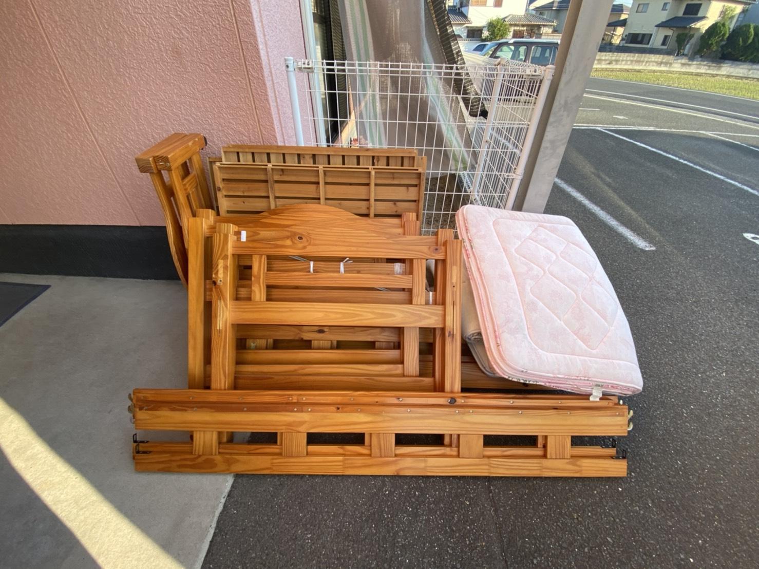 岡山県岡山市のベッドの回収前
