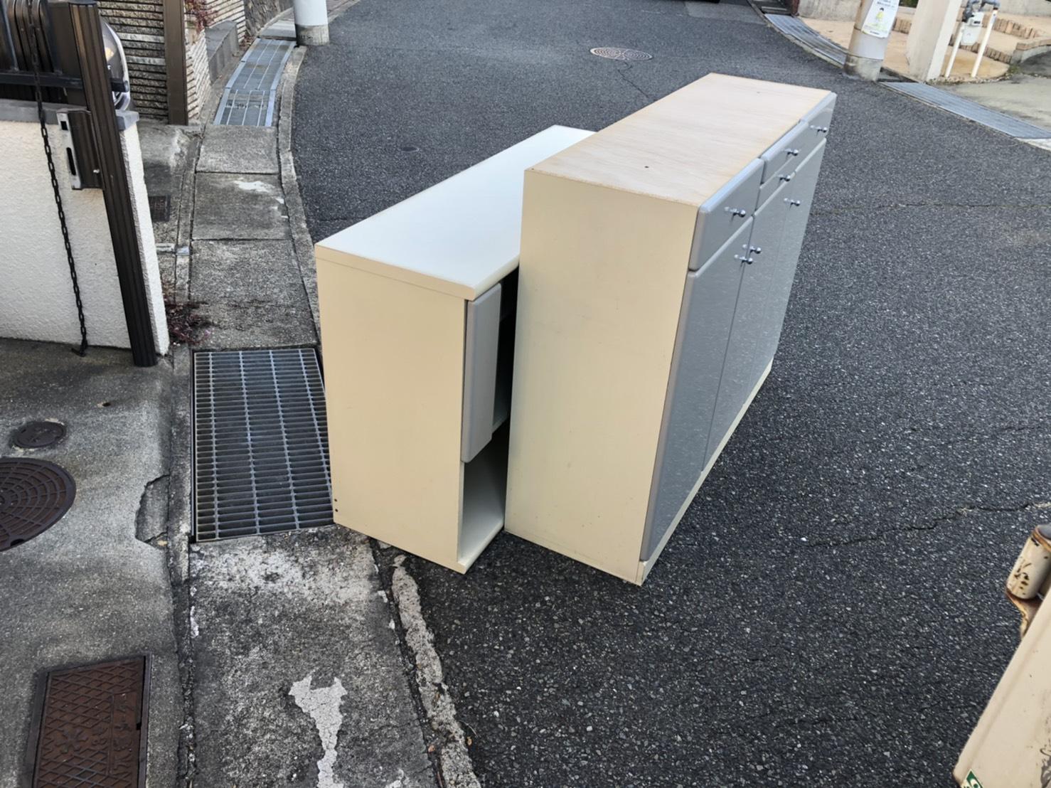兵庫県神戸市のキッチンカウンターの回収前