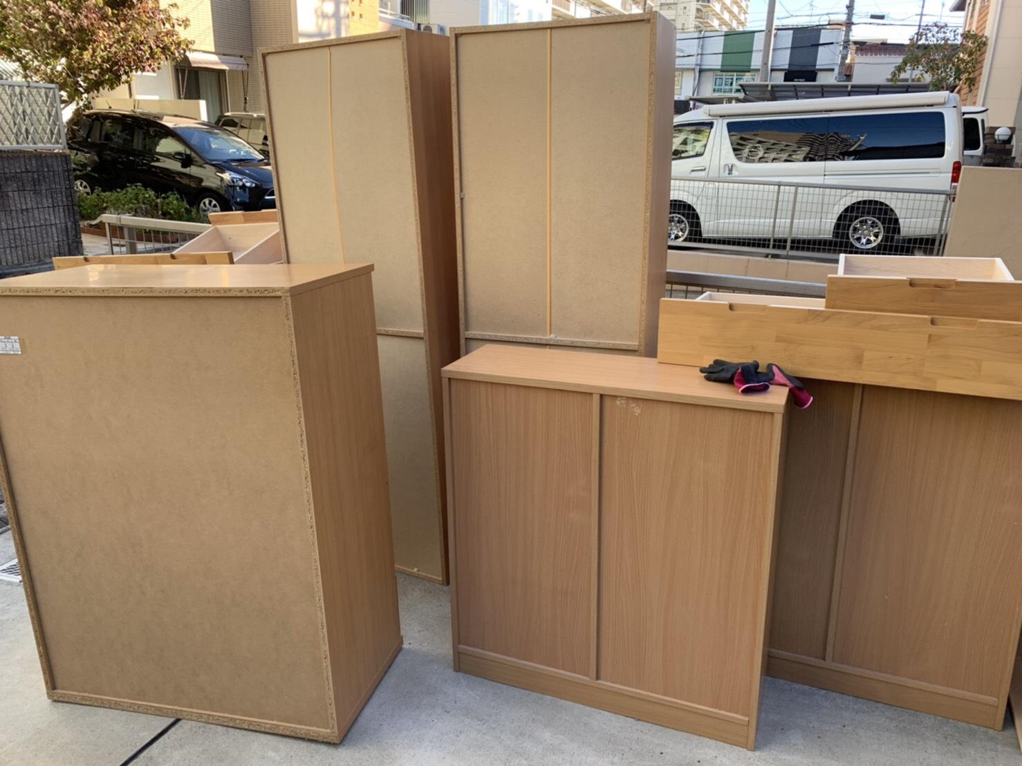 本棚、収納、その他不用品の回収前