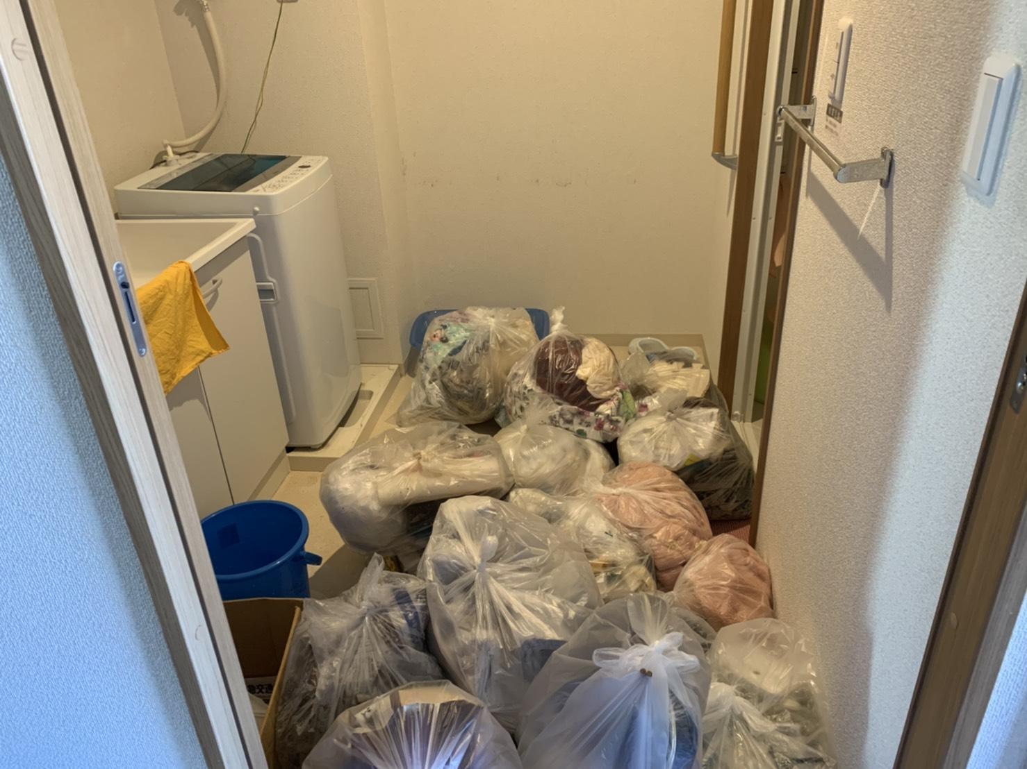 衣類、洗濯機の回収前