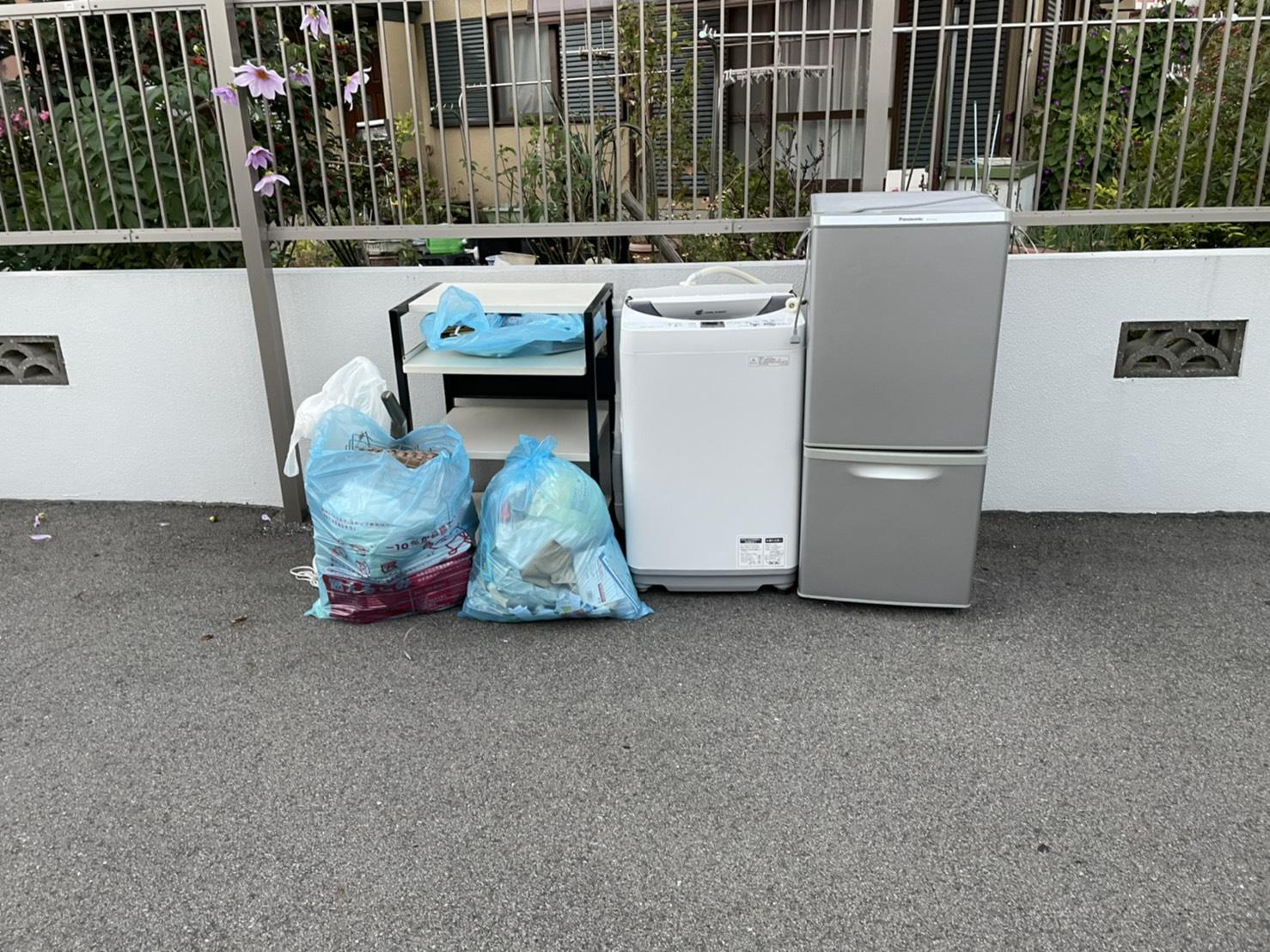 冷蔵庫、洗濯機、その他不用品の回収前
