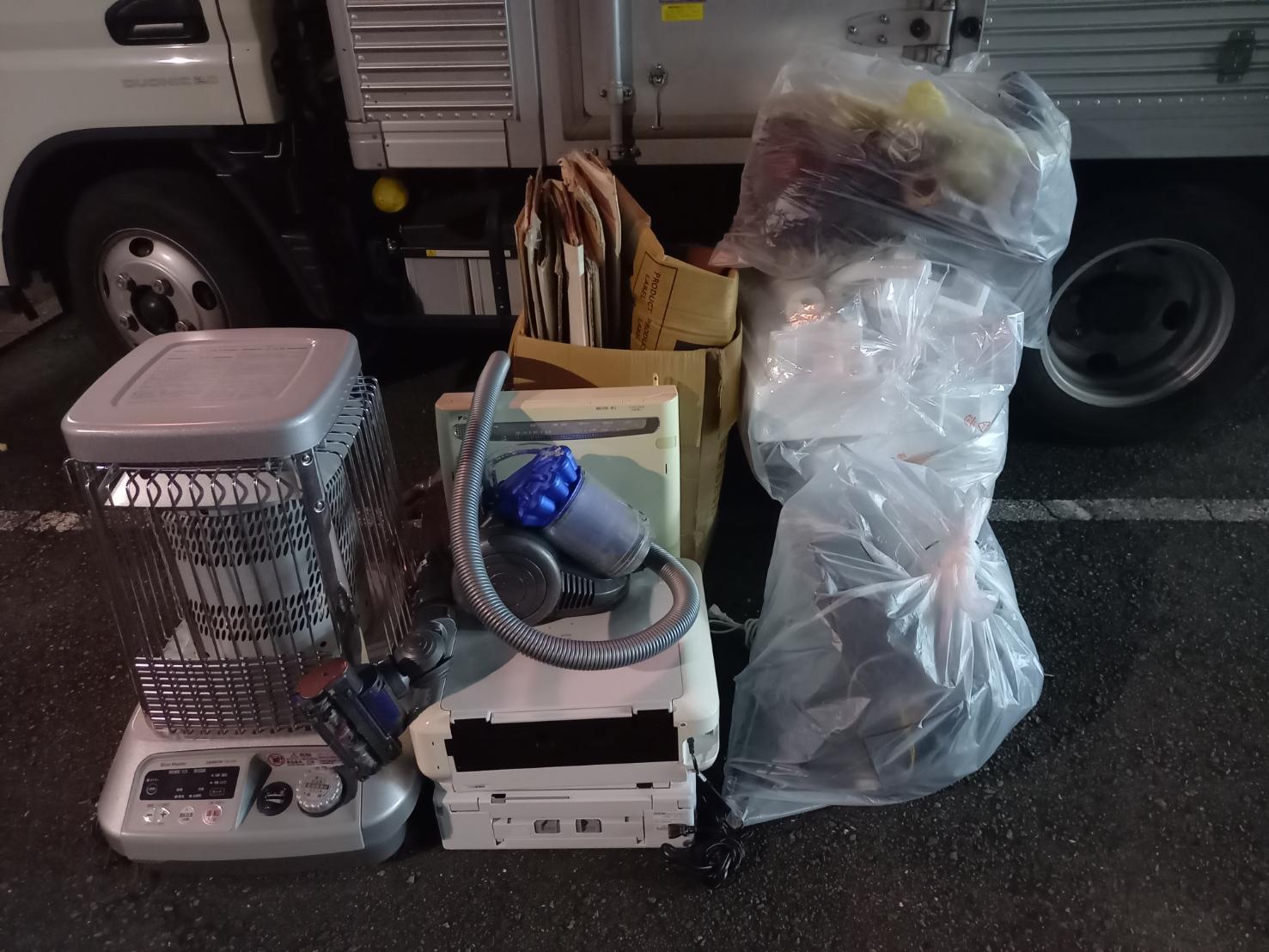 ストーブ、掃除機、その他不用品の回収前