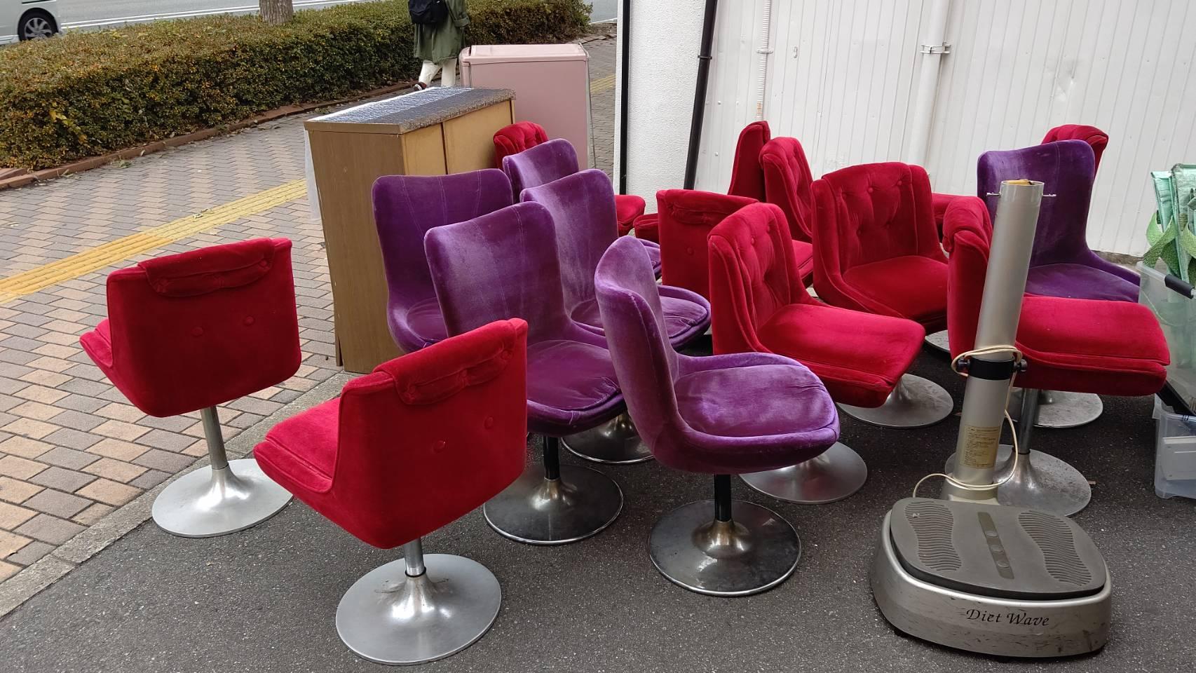 福岡県福岡市の椅子の回収前