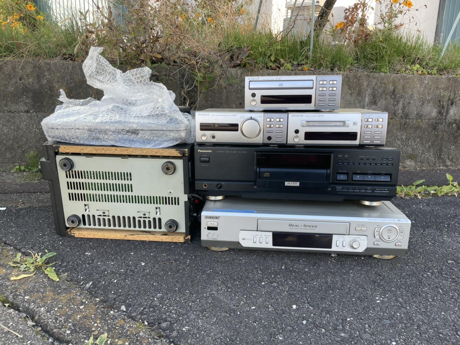 スピーカー、音楽プレイヤー、DVDレコーダーの回収前