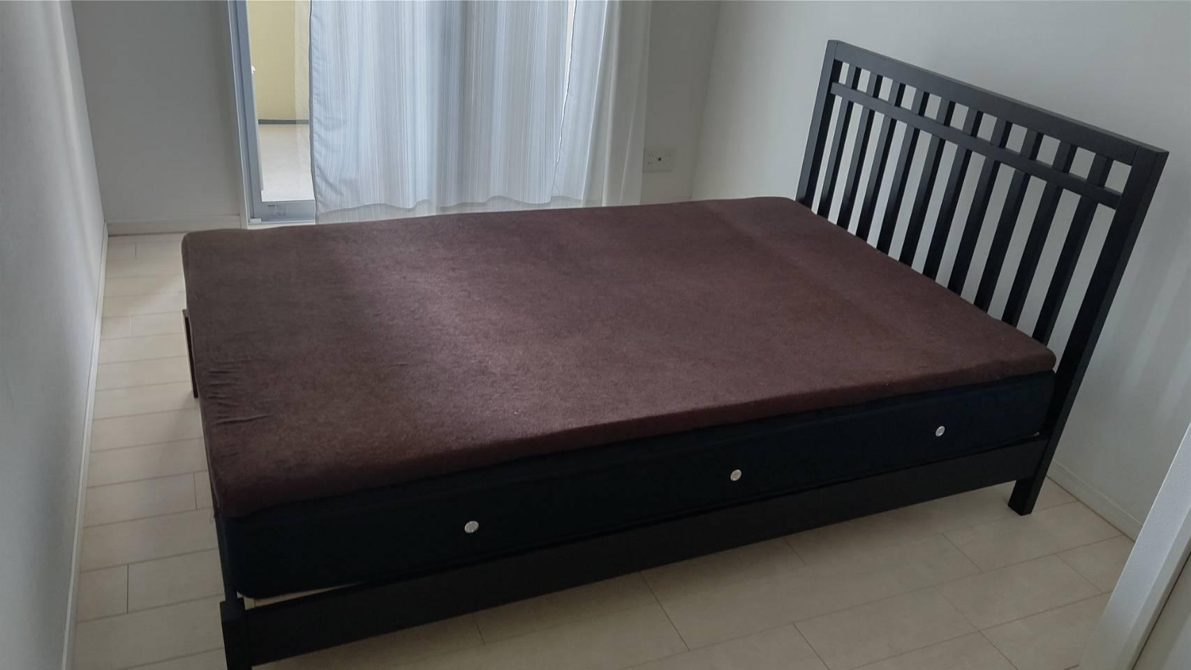 ベッド、マットレスの回収前