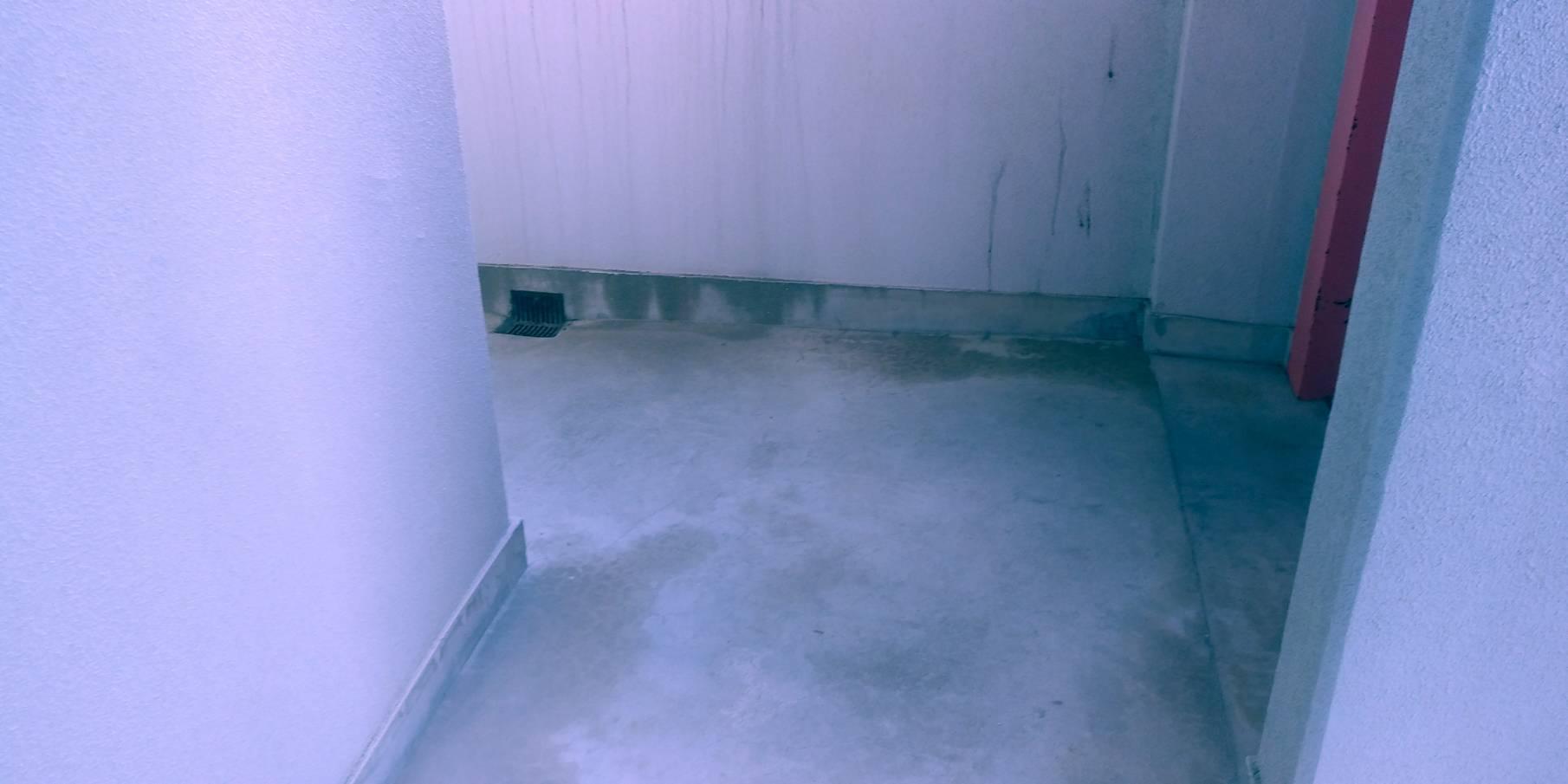 冷蔵庫、ベッドの回収後