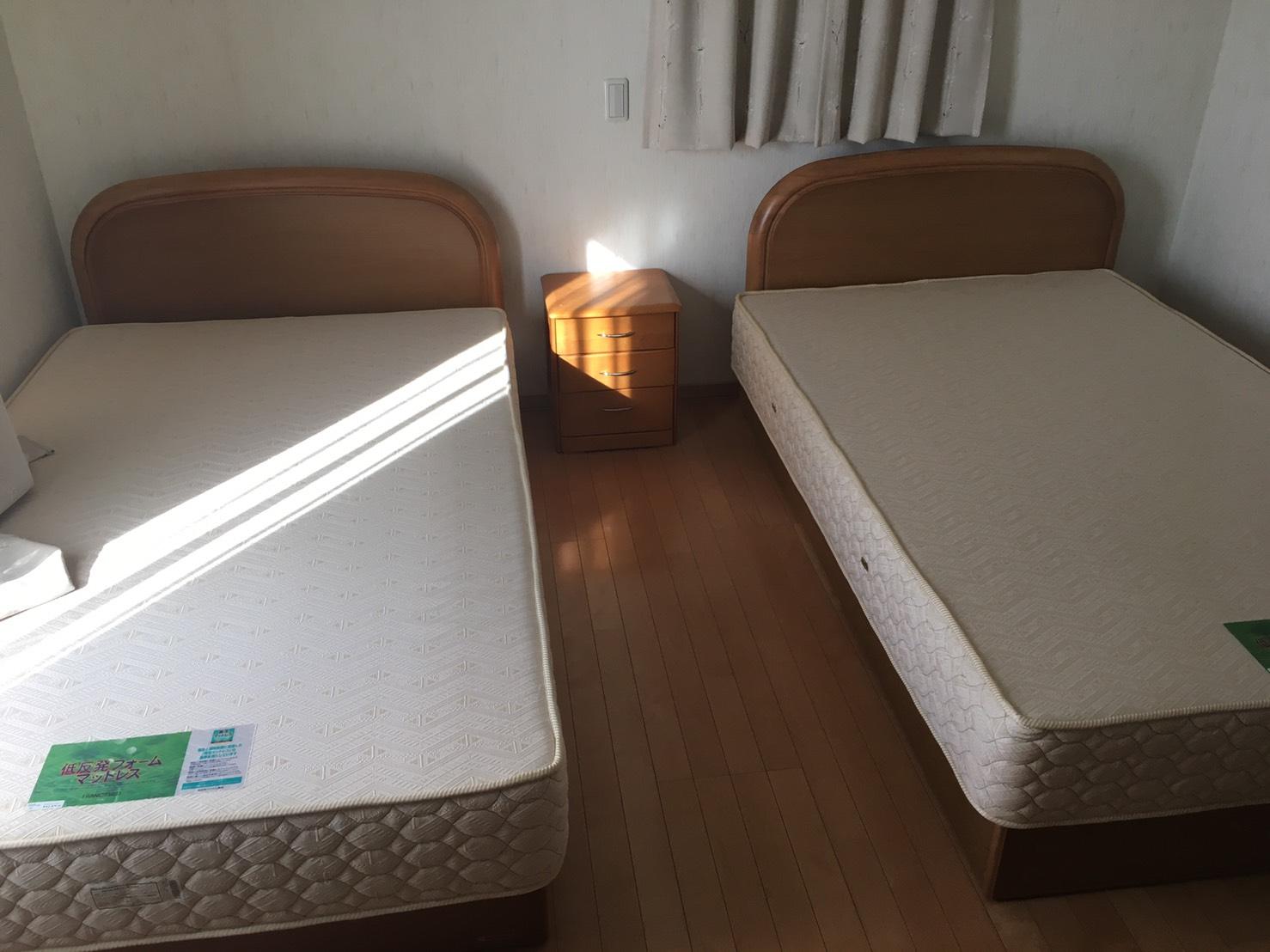 ベッド2台の回収前