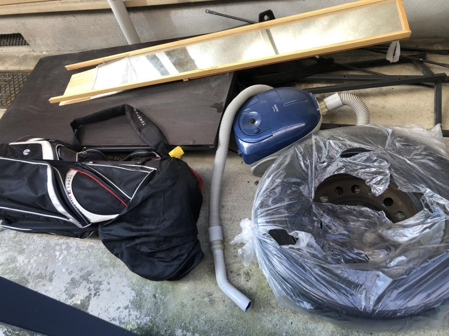 掃除機、タイヤ、ゴルフ用品、その他不用品の回収前