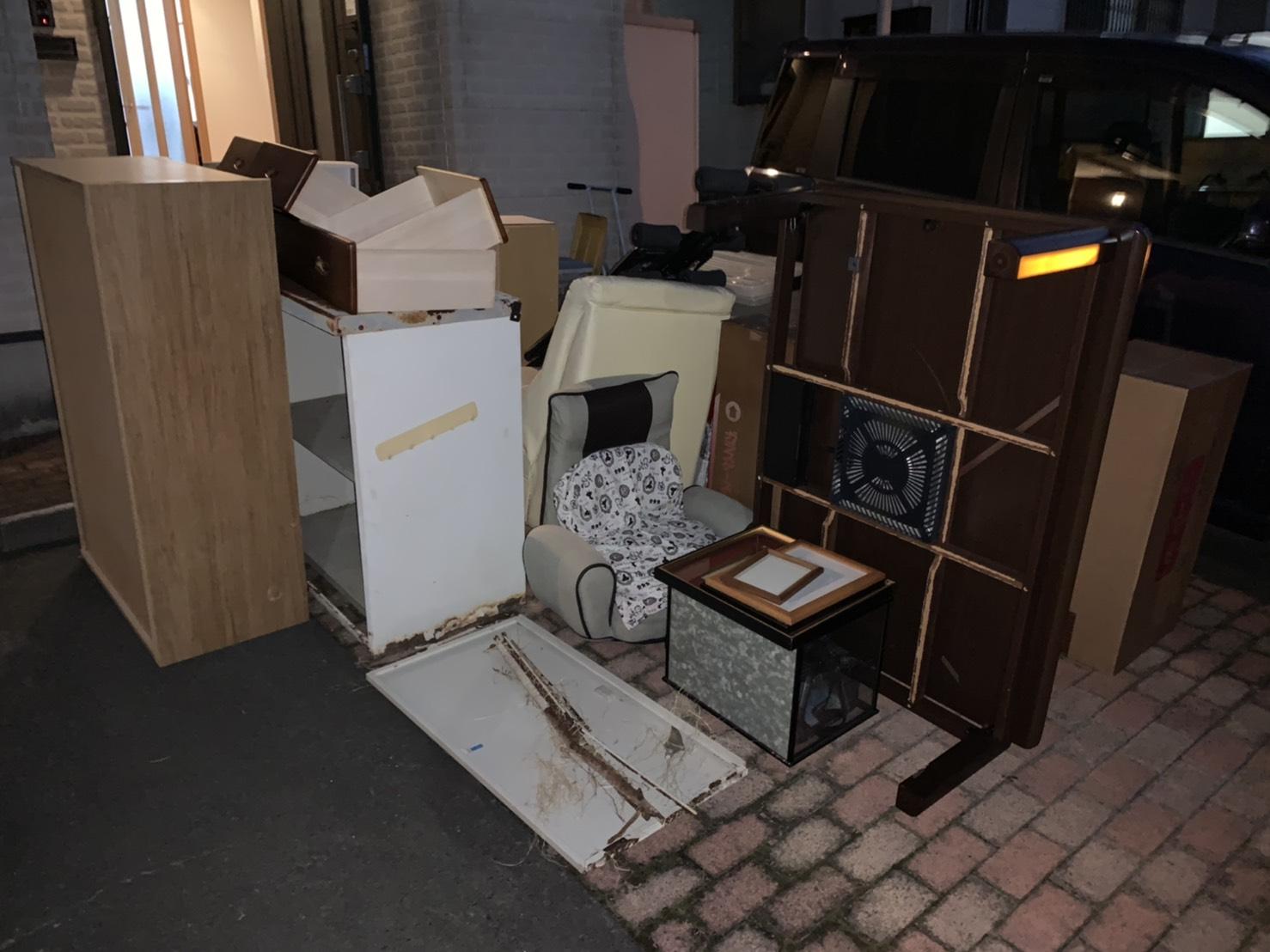 こたつ、座椅子、その他不用品の回収前