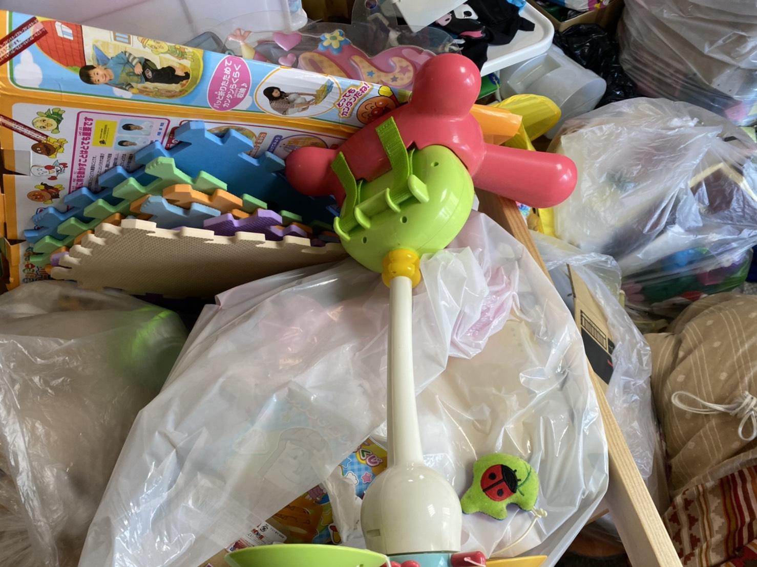 子供用おもちゃの回収前
