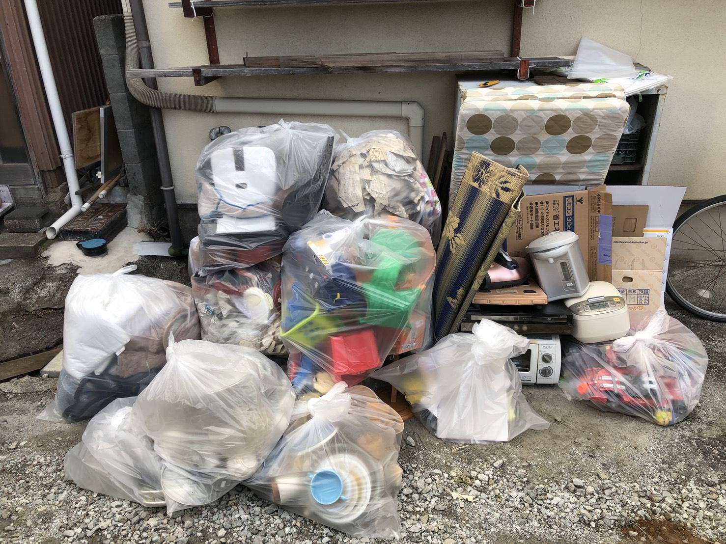 炊飯器、電気ポット、トースター、衣類の回収前